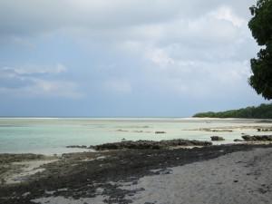 竹富島の星砂があるカイジ浜