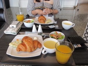 ホテル東急ビズフォート那覇の朝食バイキング